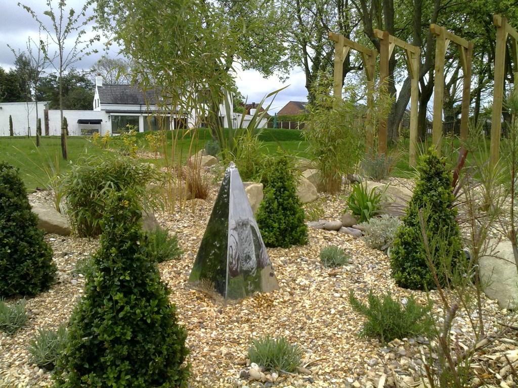 Dry bed garden